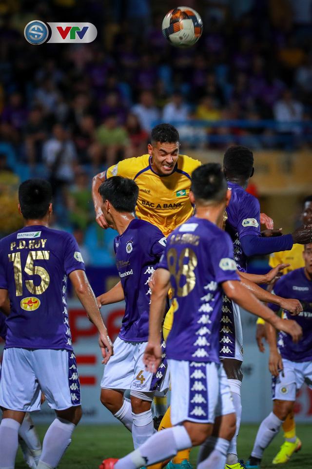 Thắng CLB Hà Nội, Sông Lam Nghệ An vươn lên đẫn đầu BXH V.League - Ảnh 4.
