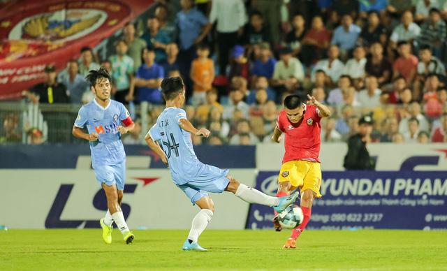 Vòng 5 giải VĐQG LS 2020: Chùm ảnh Hồng Lĩnh Hà Tĩnh hoà 0-0 SHB Đà Nẵng - Ảnh 2.