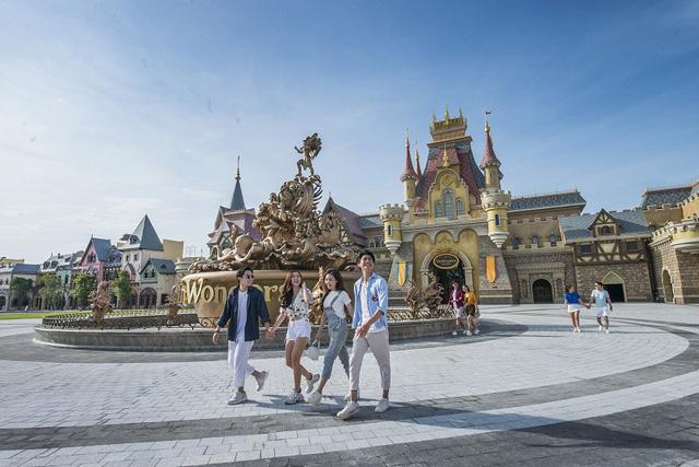 Khai trương công viên chủ đề lớn nhất Việt Nam - Vinwonders Phú Quốc - Ảnh 5.