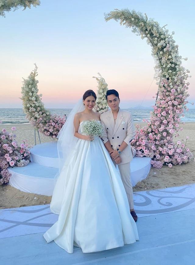 Ảnh cưới Phanh Lee chia sẻ rần rần, chú rể bí mật là ai? - Ảnh 11.