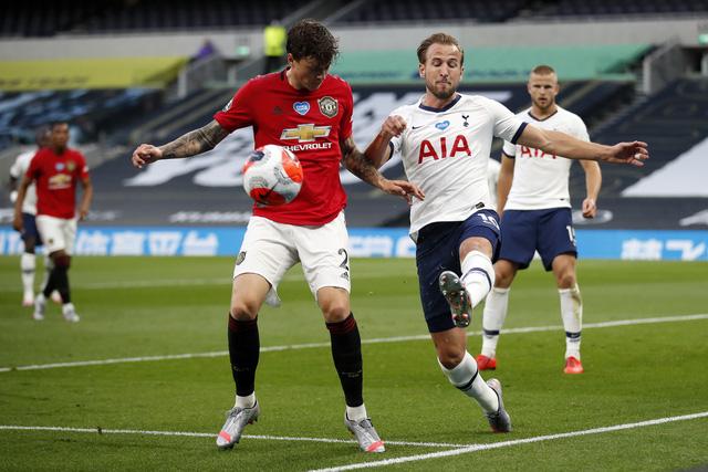 Tottenham 1-1 Man Utd: Bruno Fernandes lấy lại 1 điểm cho Quỷ đỏ - Ảnh 2.