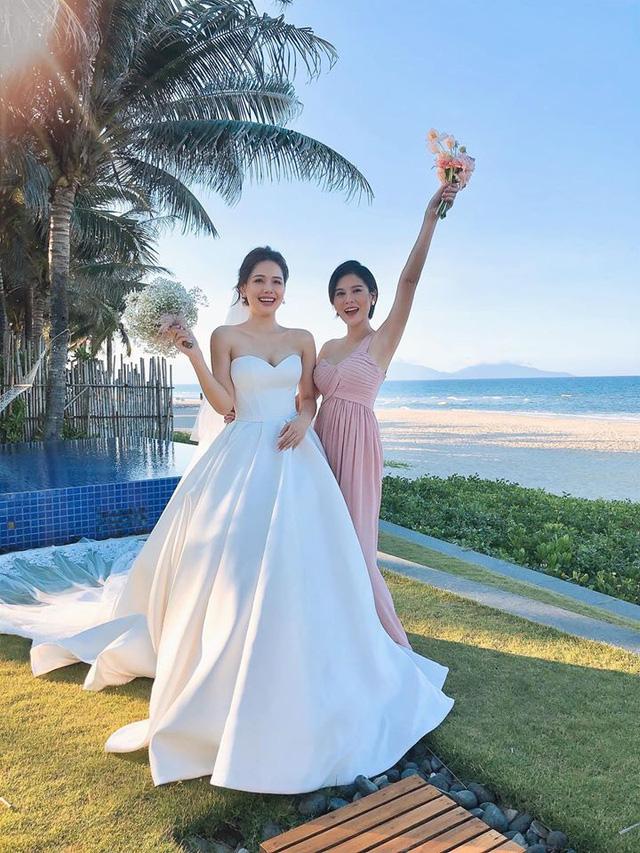 Huyền Lizzie, Vũ Thu Hoài làm phù dâu trong đám cưới Phanh Lee - Ảnh 3.