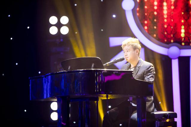 Thi ca hát, diễn viên hài Hữu Tín chiến thắng sát sao trước Xuân Phúc - Ảnh 4.