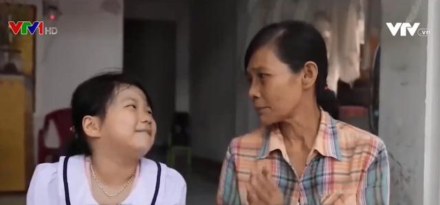 Cặp lá yêu thương: Khi ba mẹ vắng nhà - Ảnh 1.