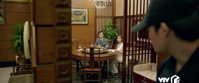 Tình yêu và tham vọng - Tập 28: Theo dấu tên sát nhân, Minh và Linh bị giam suốt đêm - Ảnh 4.
