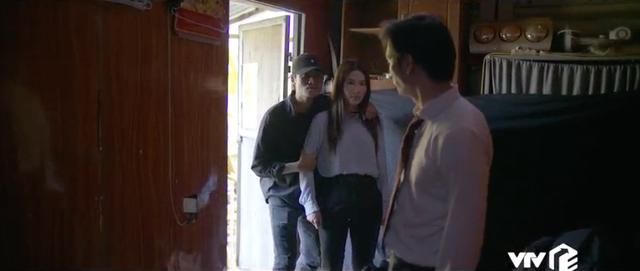 Tình yêu và tham vọng - Tập 28: Theo dấu tên sát nhân, Minh và Linh bị giam suốt đêm - Ảnh 7.