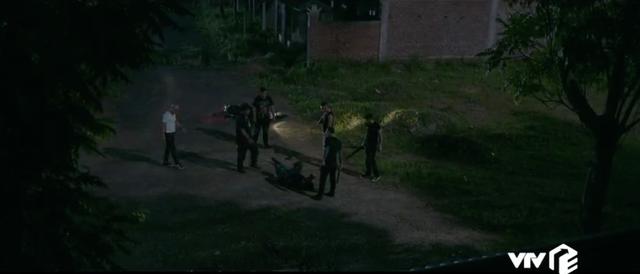 Tình yêu và tham vọng - Tập 28: Theo dấu tên sát nhân, Minh và Linh bị giam suốt đêm - Ảnh 9.