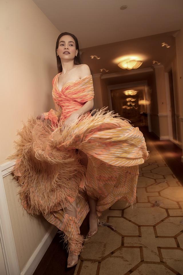 Ngắm Hồ Ngọc Hà và Thanh Hằng trong BST mới của Công Trí, từng xuất hiện trên Vogue Paris - Ảnh 20.
