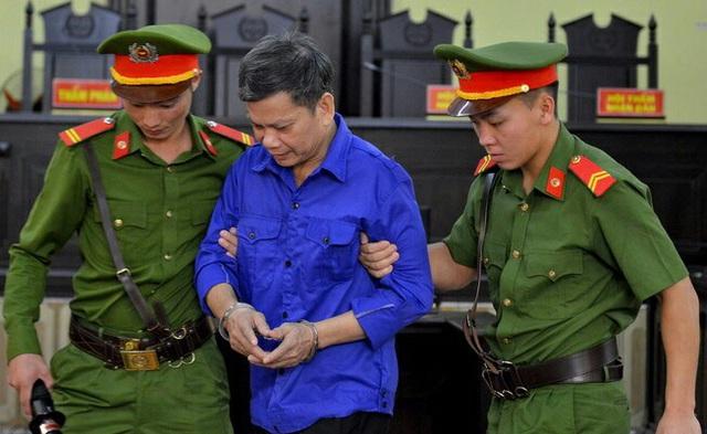 Sơn La: 5 bị cáo trong vụ án gian lận điểm thi kháng cáo - Ảnh 2.