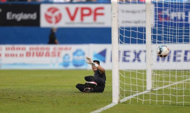 ẢNH: CLB Hà Nội tìm lại niềm vui chiến thắng ngay trên sân của B.Bình Dương (Vòng 6 V.League 2020) - Ảnh 12.