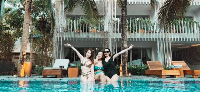 Lã Thanh Huyền, Vân Hugo và Quỳnh Nga khoe ảnh bikini nóng bỏng - Ảnh 6.