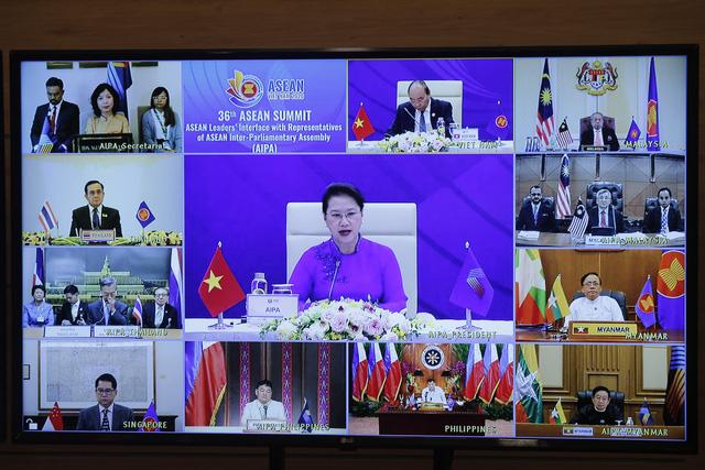 Cộng đồng ASEAN: Gắn kết và chủ động thích ứng, chung tay ứng phó với dịch COVID-19 - Ảnh 2.