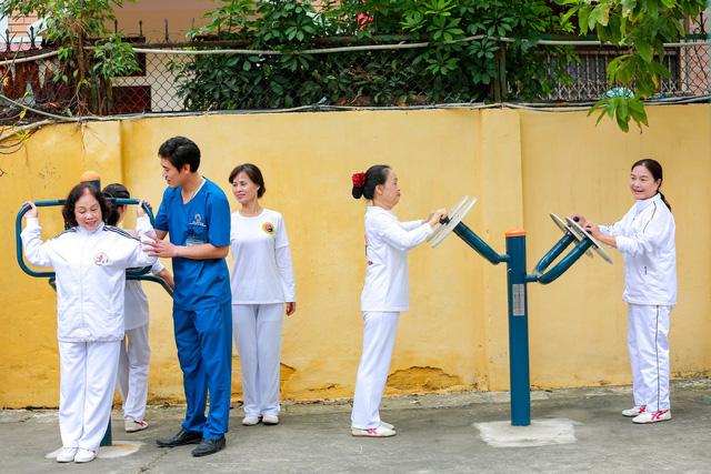 Chăm sóc sức khỏe kết hợp du lịch nghỉ dưỡng cho người cao tuổi - Ảnh 3.