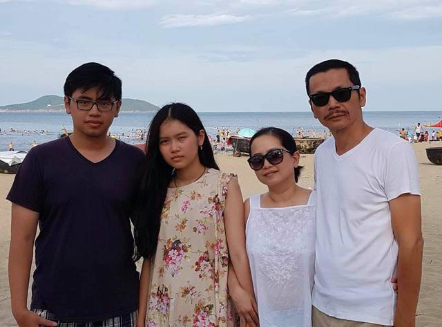 Ngày Gia đình Việt Nam, ngắm khoảnh khắc hạnh phúc bên gia đình của các diễn viên - Ảnh 7.