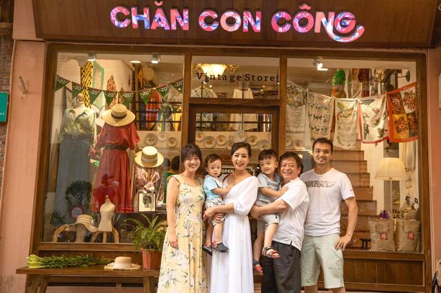 Ngày Gia đình Việt Nam, ngắm khoảnh khắc hạnh phúc bên gia đình của các diễn viên - Ảnh 4.