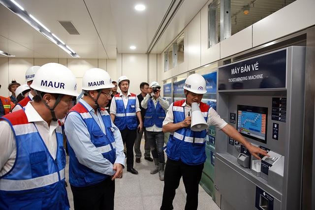 Phó Thủ tướng Phạm Bình Minh thị sát tuyến metro số 1 của TP.HCM - Ảnh 10.