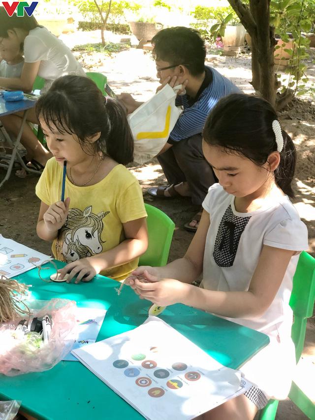 Cùng em háo hức: Lan toả văn hoá đọc trong các gia đình Việt Nam - Ảnh 15.