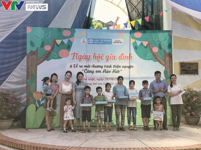 Cùng em háo hức: Lan toả văn hoá đọc trong các gia đình Việt Nam - Ảnh 4.