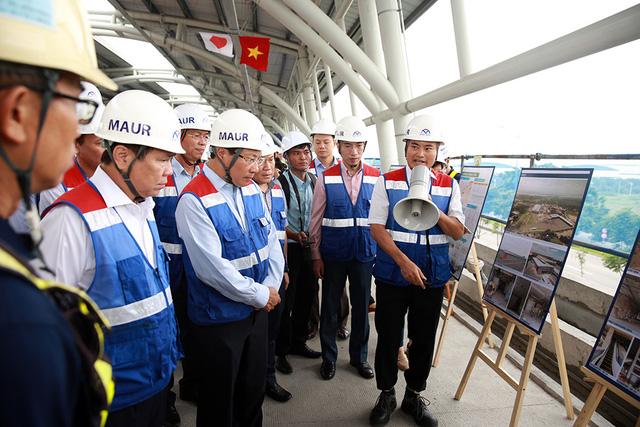 Phó Thủ tướng Phạm Bình Minh thị sát tuyến metro số 1 của TP.HCM - Ảnh 3.