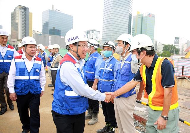 Phó Thủ tướng Phạm Bình Minh thị sát tuyến metro số 1 của TP.HCM - Ảnh 7.