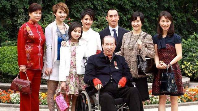 Gia đình vua cờ bạc Hà Hồng Sân không muốn ai làm phim về ông - Ảnh 1.