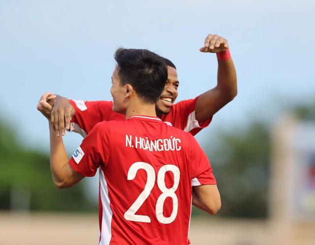 Chùm ảnh: CLB Viettel thắng đậm CLB Quảng Nam ngay trên sân khách (Vòng 7 V.League 2020) - Ảnh 10.