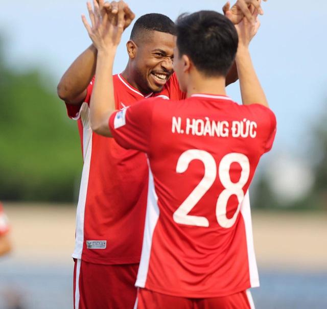 Chùm ảnh: CLB Viettel thắng đậm CLB Quảng Nam ngay trên sân khách (Vòng 7 V.League 2020) - Ảnh 11.