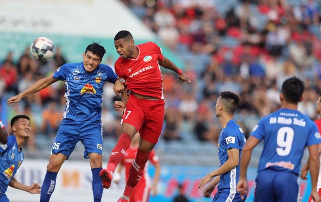 Chùm ảnh: CLB Viettel thắng đậm CLB Quảng Nam ngay trên sân khách (Vòng 7 V.League 2020) - Ảnh 6.