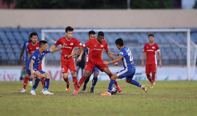 Chùm ảnh: CLB Viettel thắng đậm CLB Quảng Nam ngay trên sân khách (Vòng 7 V.League 2020) - Ảnh 7.