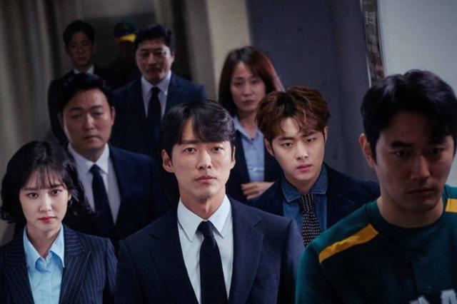 Baeksang Hàn Quốc lần thứ 56: Cặp đôi Hạ cánh nơi anh bị giải thưởng ngó lơ, dàn sao Thế giới hôn nhân thắng lớn - Ảnh 1.