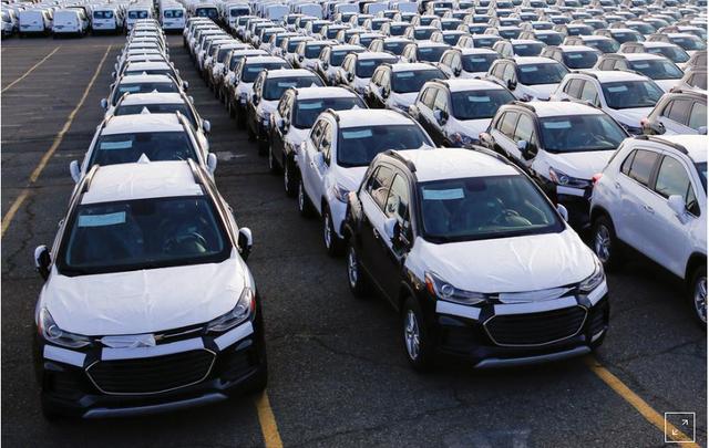 Tổng thống Mỹ tiếp tục dọa áp thuế ô tô của châu Âu - ảnh 2