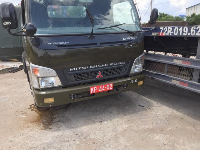 Va chạm với xe container, 7 chiến sĩ dân quân tự vệ thương vong - Ảnh 1.