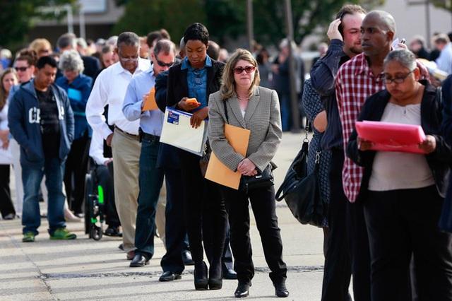 Mỹ kỳ vọng sớm chấm dứt suy thoái kinh tế - Ảnh 2.