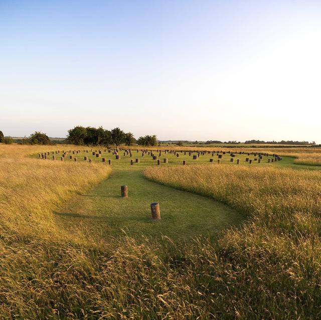 Phát hiện cụm di tích triệu năm tuổi hé lộ bí ẩn về kỳ quan Stonehenge (Anh) - Ảnh 2.