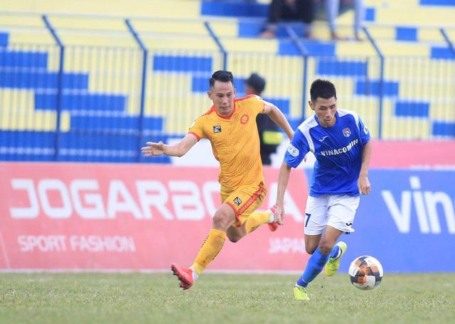 Chùm ảnh: Đình Tùng và Samson tỏa sáng, CLB Thanh Hóa đánh bại Than Quảng Ninh (Vòng 7 V.League) - Ảnh 10.
