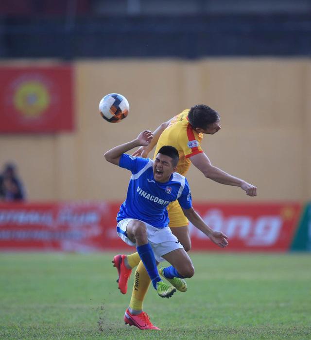 Chùm ảnh: Đình Tùng và Samson tỏa sáng, CLB Thanh Hóa đánh bại Than Quảng Ninh (Vòng 7 V.League) - Ảnh 5.