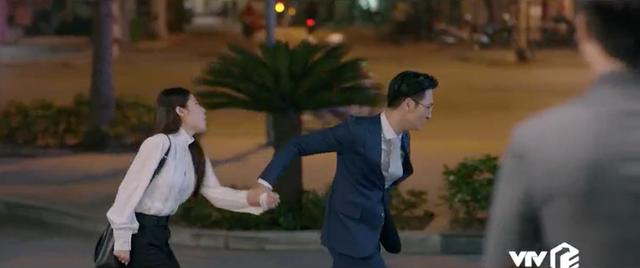 Tình yêu và tham vọng - Tập 30: Hủy bỏ hôn ước với Tuệ Lâm, Minh chạy đến bên Linh tìm bình yên - ảnh 5