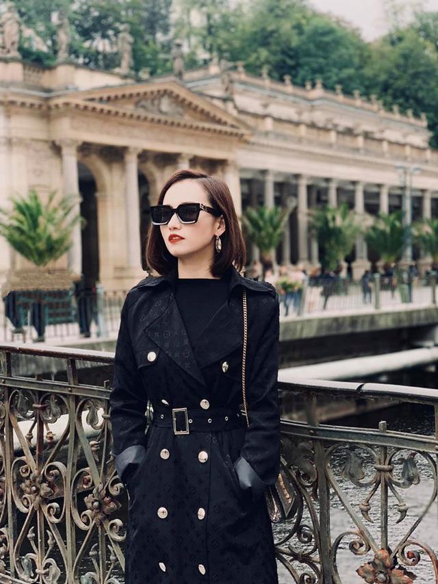 Nhớ Praha, Lã Thanh Huyền tung loạt ảnh hậu trường Tình yêu và tham vọng - Ảnh 7.