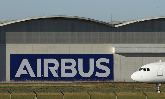 Airbus ế máy bay suốt 3 tháng liền - ảnh 1