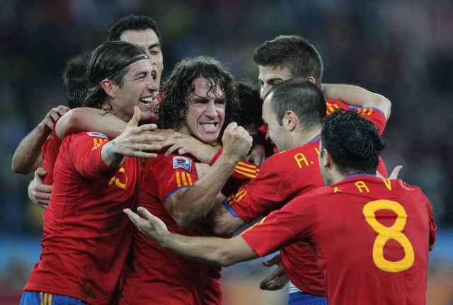 Tròn 1 thập kỷ bóng đá Tây Ban Nha vô địch World Cup - Ảnh 1.