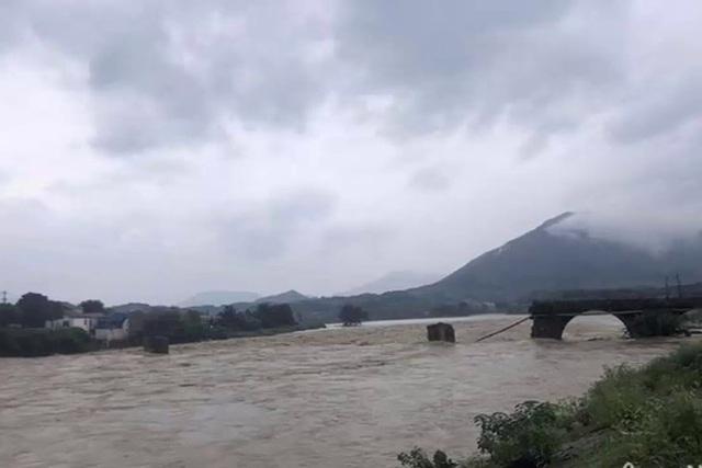 Cảnh báo lũ trên con sông lớn thứ ba ở Trung Quốc - Ảnh 1.