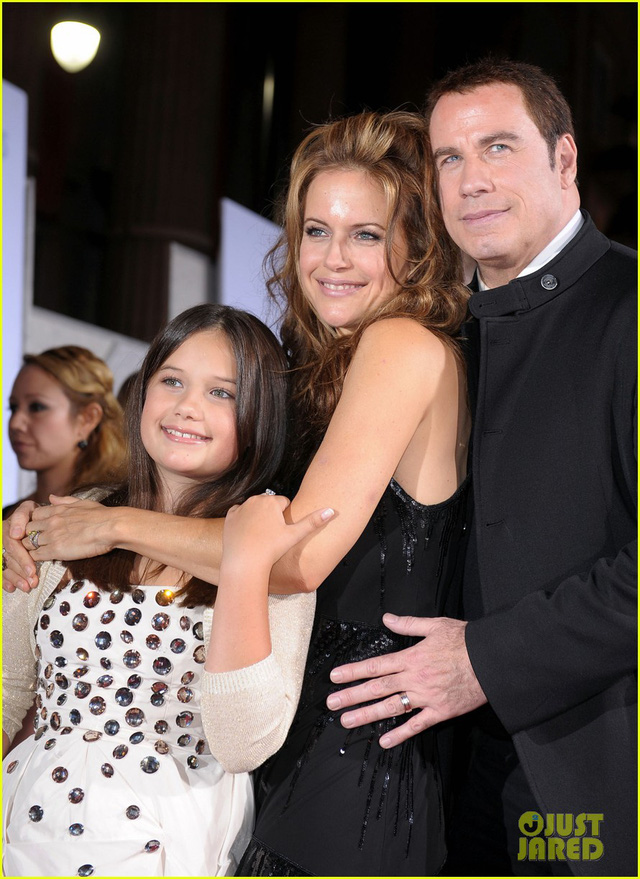 Vợ ngôi sao John Travolta qua đời vì ung thư - Ảnh 1.