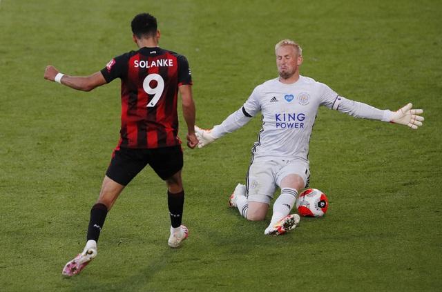 Bournemouth 4-1 Leicester City: Thua sốc đội cầm đèn đỏ, Bầy Cáo nguy cơ bật khỏi top 4 - Ảnh 6.
