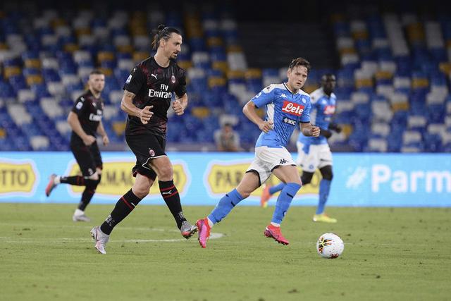 Napoli 2-2 AC Milan: Tội đồ Donnarumma! (Vòng 32 giải VĐQG Italia Serie A) - Ảnh 1.
