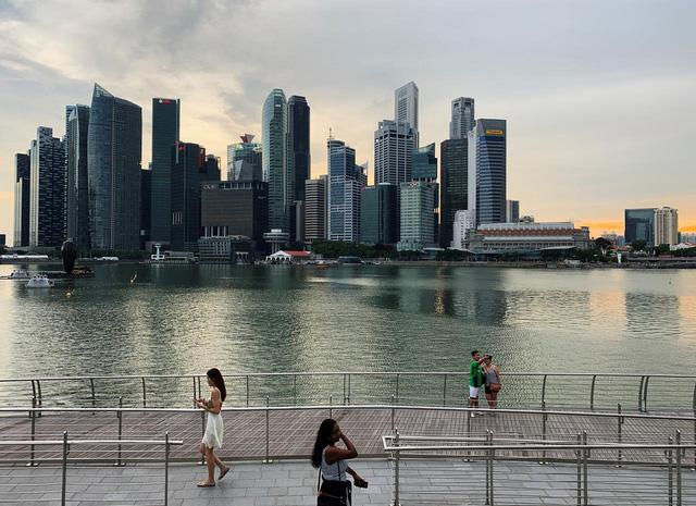 Kinh tế Singapore chính thức rơi vào suy thoái - ảnh 1