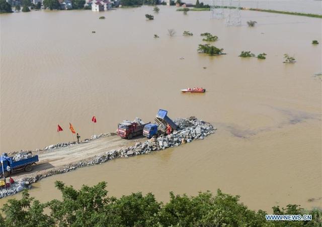 Mưa lũ lịch sử, 33 sông lớn ở Trung Quốc vượt mức kỷ lục - Ảnh 5.