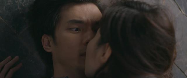 Tình yêu và tham vọng - Tập 34: Sắp cưới Tuệ Lâm nhưng lại được Linh mượn rượu tỏ tình, Minh phải làm sao? - Ảnh 15.