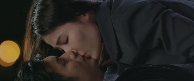 Tình yêu và tham vọng - Tập 34: Sắp cưới Tuệ Lâm nhưng lại được Linh mượn rượu tỏ tình, Minh phải làm sao? - Ảnh 14.