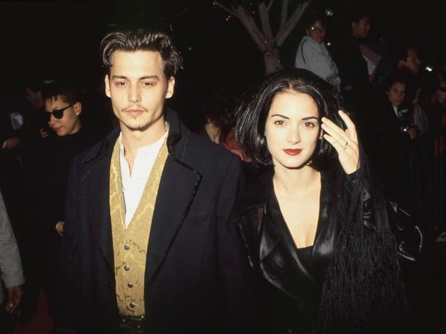 Tình cũ bảo vệ Johnny Depp giữa tâm bão - Ảnh 1.