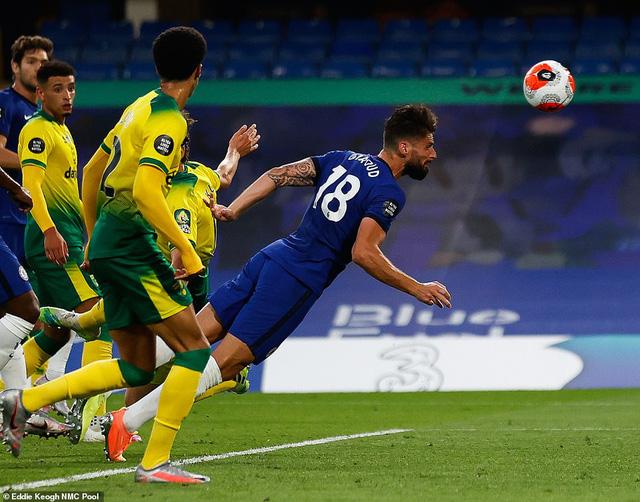 Chelsea 1-0 Norwich: Giroud tỏa sáng, Chelsea xây chắc vị trí thứ 3 - Ảnh 2.
